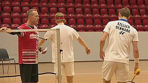 Axelsen er tilbage i Danmark for at træne