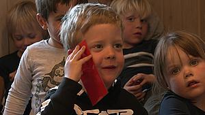 Fireårige lærer at ringe 1-1-2: - De kan gøre en forskel for hinanden