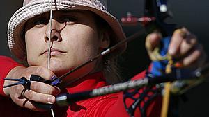 Fynsk bueskytte skyder sig ind på 25.-plads ved første OL-runde